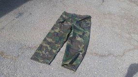 Wet Weather Gear - Pants Large in Travis AFB, California