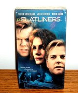 new flatliners vhs keifer sutherland julia robers kevin bacon rare case / cover in Shorewood, Illinois