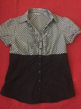 Women's Blouse top Signature by Larry Levine size L in Westmont, Illinois