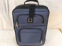 leisure 19 x 7 x 13 blue black rolling wheeled carry handle travel luggage   01264 in Huntington Beach, California