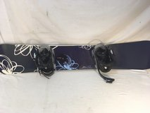 womens atomic tika white blue green flaked paint 154 cm winter snowboard  01291 in Huntington Beach, California