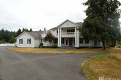 One-bedroom, large apt, all bills paid, with wifi, gas,electricity - in Fort Lewis, Washington