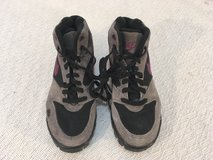 girls vintage nike gray purple black leather lace 5.5 ankle hiking boots shoes  01491 in Huntington Beach, California
