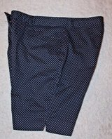 Ellen Tracy Black/White Small Polka Dot Bermuda Shorts, Cotton/Spandex, Sz 12 in Aurora, Illinois