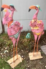 Sunjoy Flamingo Statues Outdoor Decor Yard Garden Bird - NEW! in Oswego, Illinois