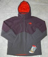North Face Apex Elevation Jacket Medium NWT in Palatine, Illinois