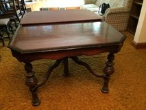 Reduced ... Vintage Table w/pad and 6 Chairs.. Just in Time For the Holidays in Bartlett, Illinois
