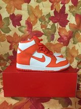 Nike women's shoes size 8.5 Dunk Retro QS in Lockport, Illinois