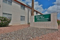 Great move in special on a 1 bedroom apt! in El Paso, Texas