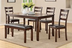 Dark Walnut Finish Dining Set Table and 4 Chairs Bench FREE DELIVERY in Miramar, California