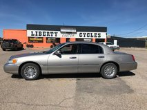1999 LINCOLN TOWN CAR in Alamogordo, New Mexico