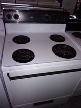 Roper Electric Stove and Oven in Fort Riley, Kansas