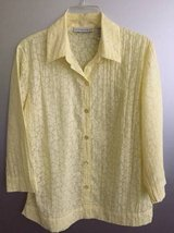 Women's Blouse Sag Harbor size S in Naperville, Illinois