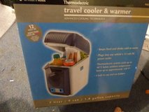 Vector Travel Cooler & Warmer in Shorewood, Illinois