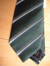 new banana republic tie slim dress br made in usa 100% silk formal green in Naperville, Illinois