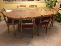 Ethan allen dining table in Camp Pendleton, California