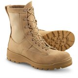 wellco icb temperate cold weather gore-tex tan combat flight boots 10 wide  02018 in Fort Carson, Colorado