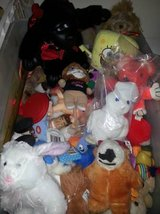 Stuffed animals $1 to $5 each in Batavia, Illinois