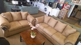 DARCY MOCHA SOFA & LOVESEAT in Schofield Barracks, Hawaii