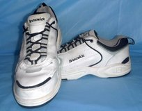 Men's Size 10 Med Brunswick F445  Lace up Leather Bowling Shoes in Orland Park, Illinois