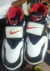 Nike Air Diamond Turf Sz. 11.5  year 2010 in Naperville, Illinois