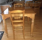 Richardson Bros Pub Height Dining Table w/Leaf & 6 Chairs in Wheaton, Illinois