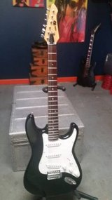 Series 10 Bentley Black Stratocaster Copy Electric Guitar in Lockport, Illinois
