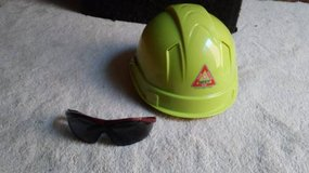 hard hat and safety shades in Hinesville, Georgia
