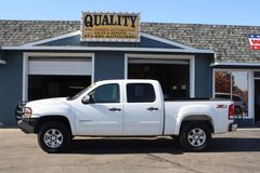 2010 GMC SIERRA 1500 SLE CREW CAB 4X4 - NEW TIRES! in Fort Leonard Wood, Missouri