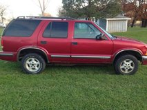 1999   CHEVY   BLAZER   4X4    ( POOR BODY BUT DEPENDABLE) in Elgin, Illinois