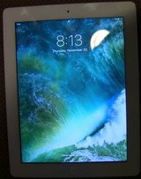 Apple iPad with Retina Display MD514LL/A (32GB, Wi-Fi, White) 4th Gen in Naperville, Illinois