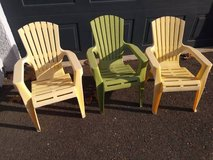 3 toddler children's lawn chairs  In Fairfield on 6/16 if you want me to bring this in Sacramento, California