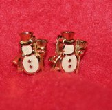 Lovely! Vintage AVON Gold Tone, Enamel Mr. Snowman Pierced Earrings, EUC!! in Lockport, Illinois