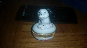 Small Dalmation Ring Holder in Travis AFB, California