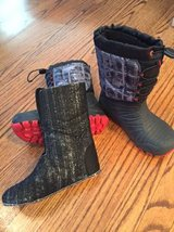 Merrell snow boots - youth size 2 in Bartlett, Illinois