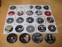 22 dvds, 27 movies;superman returns, derailed, constant gardner, black swan, cra in Shorewood, Illinois