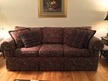 Sofa / Couch Burgundy Paterned Tapestry w 4 pillows in Bartlett, Illinois