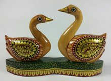 Beautiful Small Hand Carved Painted Wood Swans Birds Figurine Statue in Plainfield, Illinois