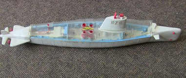 "for parts 1962 remco barracuda 578 battery operated atomic submarine 36"" in Elgin, Illinois"