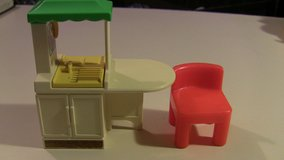 little tikes doll house dollhouse kitchen island and 1 red chair in Elgin, Illinois