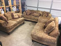 3 piece couch set in Lockport, Illinois