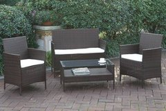 4 Piece Sofa + 2 Chairs + Table Patio Set FREE DELIVERY in Vista, California