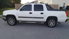 2006 Chevy Avalanche in Hinesville, Georgia