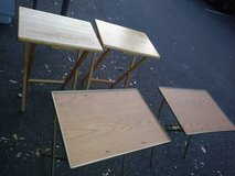 Folding TV trays stands I will be in Fairfield on 6/16 in Sacramento, California