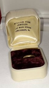 10K Vintage Baby Ring in Original Case in St. Charles, Illinois