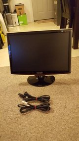 "22"" Samsung Monitor Not Working in Batavia, Illinois"