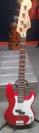 Red Squier Affinity P-Bass Electric Bass Guitar w/ Fender Gig Bag in Shorewood, Illinois