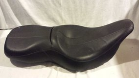 oem touring harley davidson black leather rdw-92 61-0067 motorcycle seat  02460 in Fort Carson, Colorado