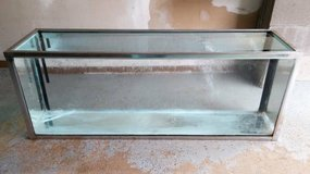 40 Gallon Long MetaFrame Fish/Reptile/Rodent Tank in Glendale Heights, Illinois