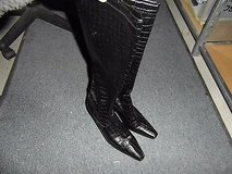 womens coley black fake leather knee high boots 3-5 heel  sz 8.5m ~ nm 13387 in Fort Carson, Colorado